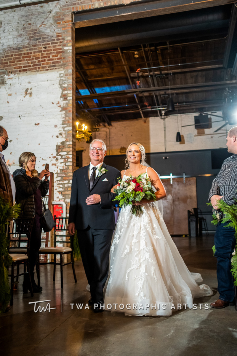 Chicago-Wedding-Photographers-Sanctuary-Events_Onderisin_Zander_ZZ_TL-0496