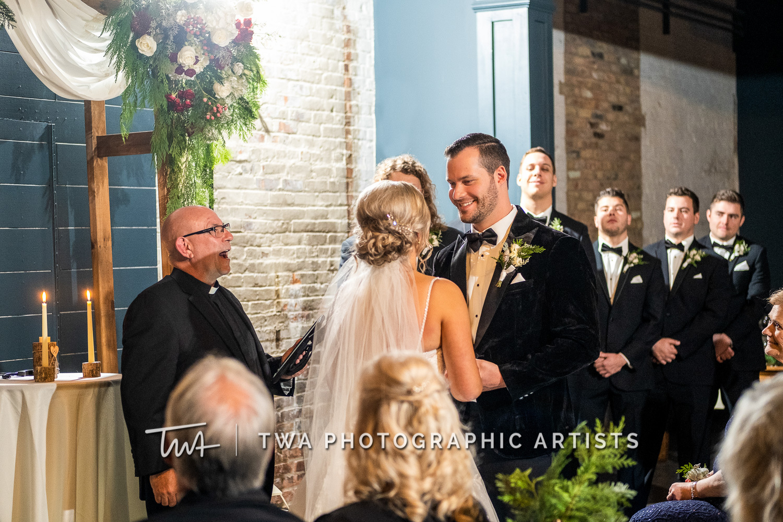 Chicago-Wedding-Photographers-Sanctuary-Events_Onderisin_Zander_ZZ_TL-0525-Edit