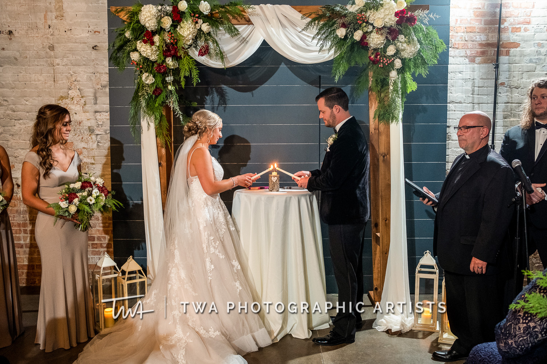 Chicago-Wedding-Photographers-Sanctuary-Events_Onderisin_Zander_ZZ_TL-0540