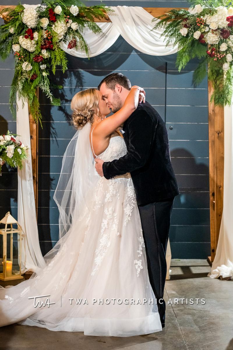 Chicago-Wedding-Photographers-Sanctuary-Events_Onderisin_Zander_ZZ_TL-0544