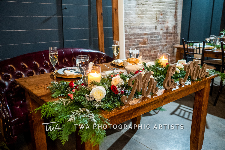 Chicago-Wedding-Photographers-Sanctuary-Events_Onderisin_Zander_ZZ_TL-0621