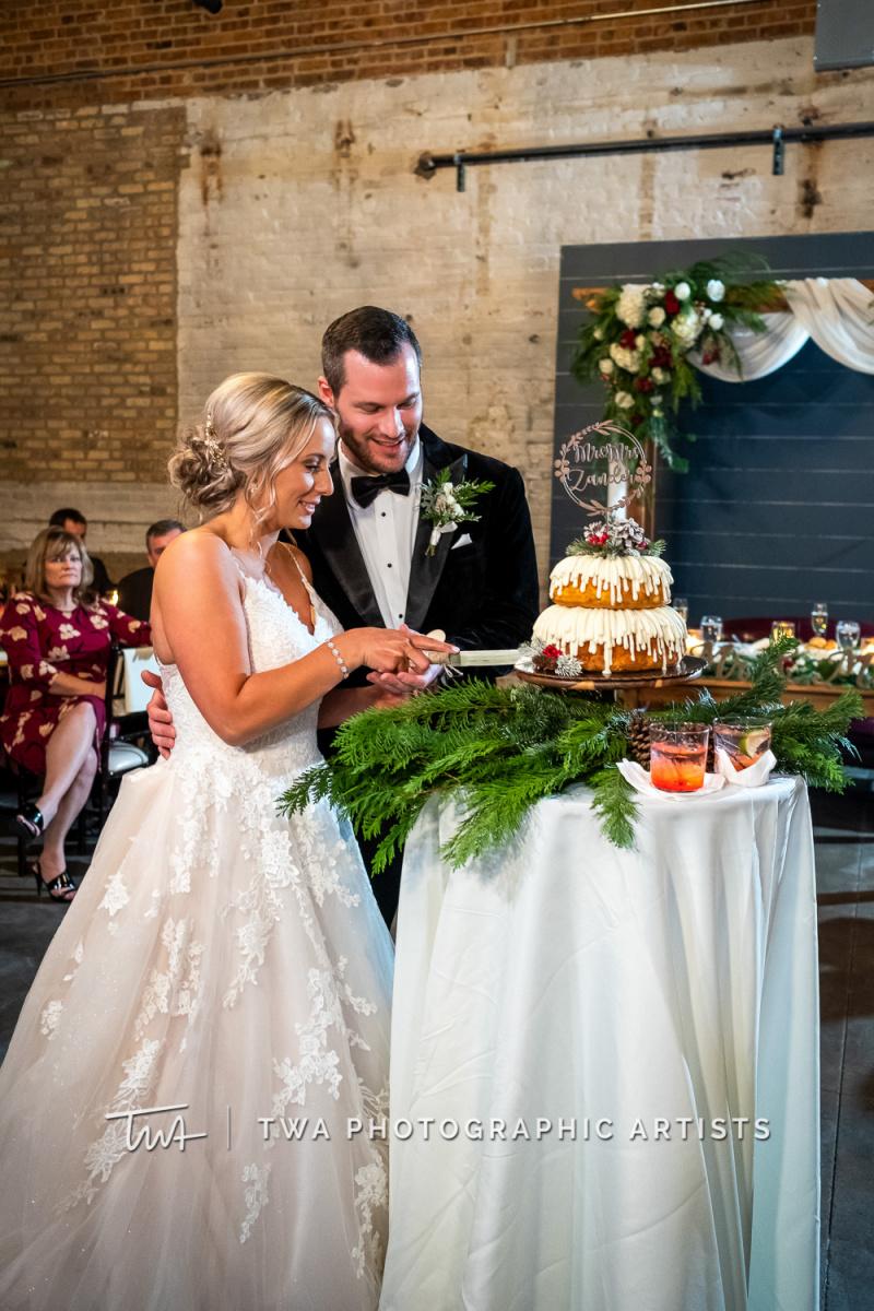Chicago-Wedding-Photographers-Sanctuary-Events_Onderisin_Zander_ZZ_TL-0657