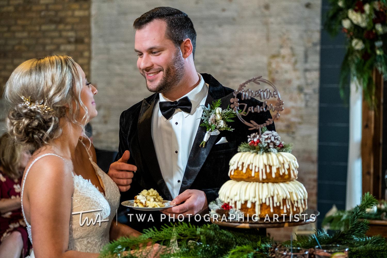 Chicago-Wedding-Photographers-Sanctuary-Events_Onderisin_Zander_ZZ_TL-0664