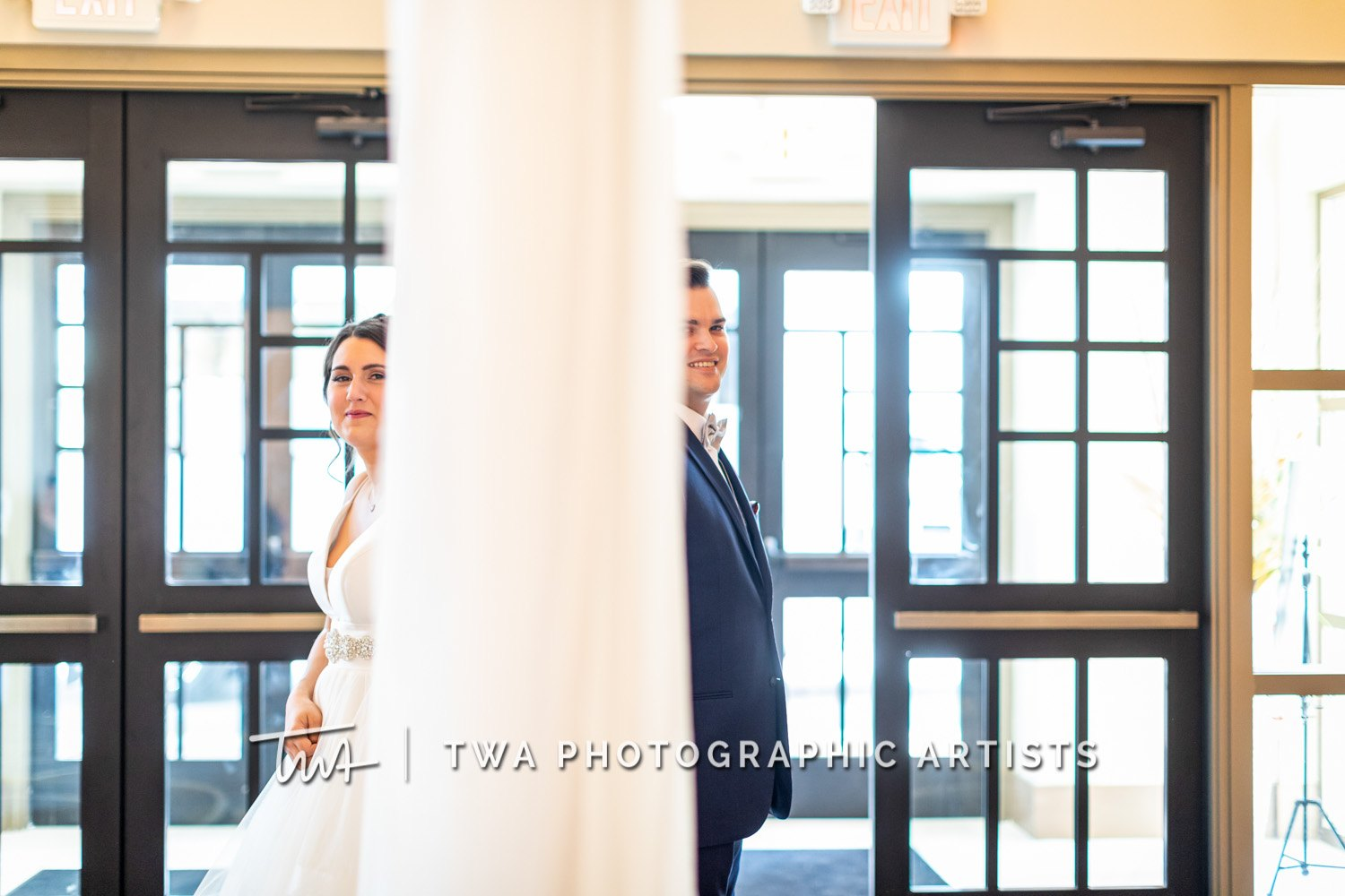 Chicago-Wedding-Photographer-TWA-Photographic-Artists-Avante-Banquets_Zickert_Quaas_MD_SG-0176