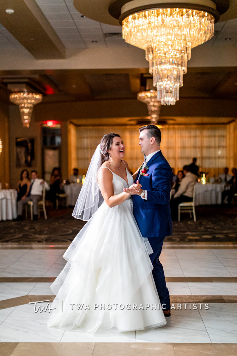 Chicago-Wedding-Photographer-TWA-Photographic-Artists-Avante-Banquets_Zickert_Quaas_MD_SG-0900