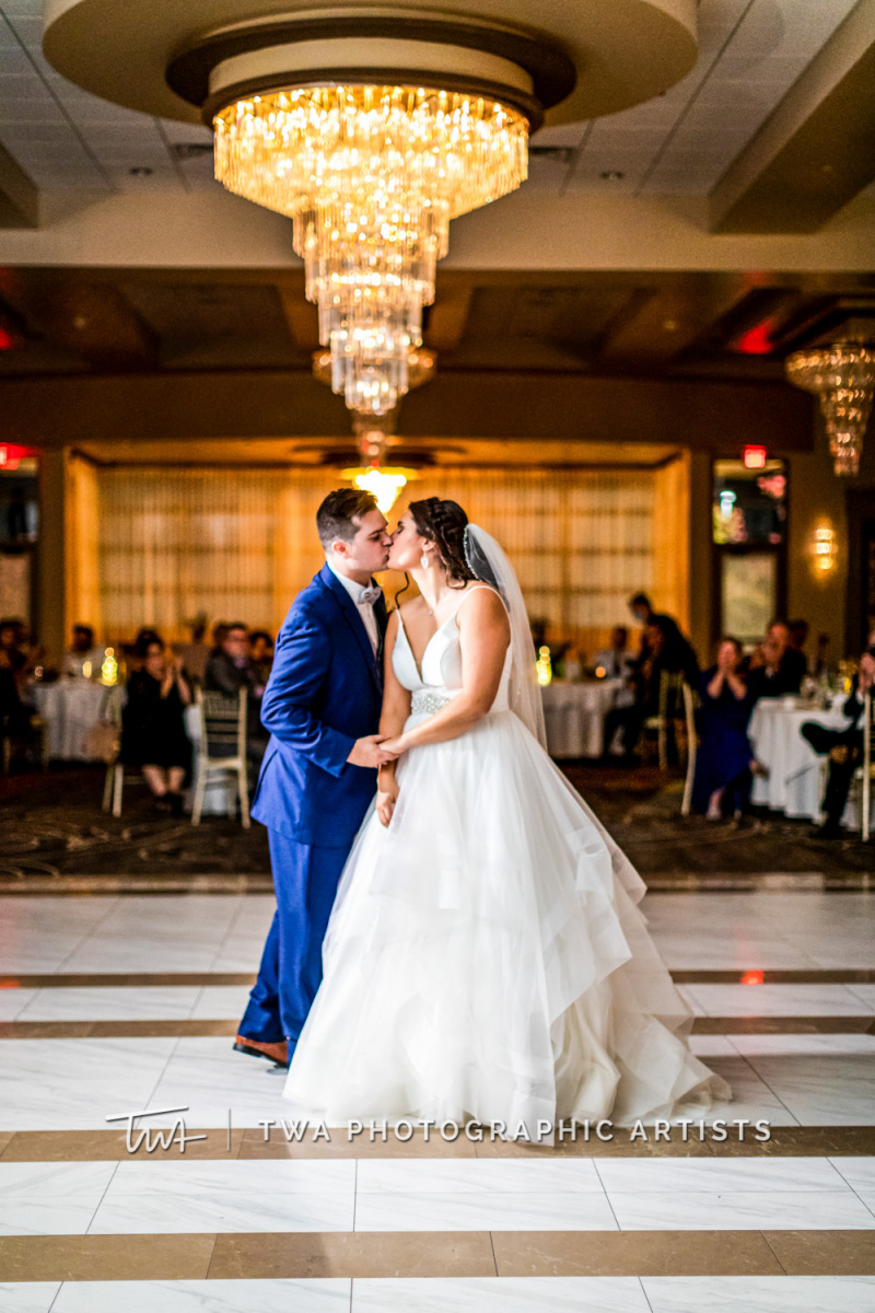 Chicago-Wedding-Photographer-TWA-Photographic-Artists-Avante-Banquets_Zickert_Quaas_MD_SG-0903