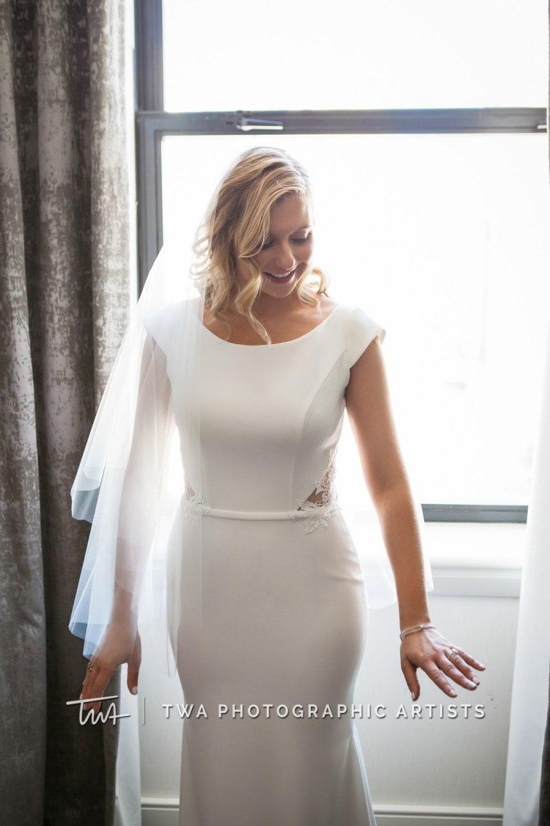 Chicago-Wedding-Photographer-TWA-Photographic-Artists-Osteria-Via-Stato_Hofert_Haase_JK-0190_dw