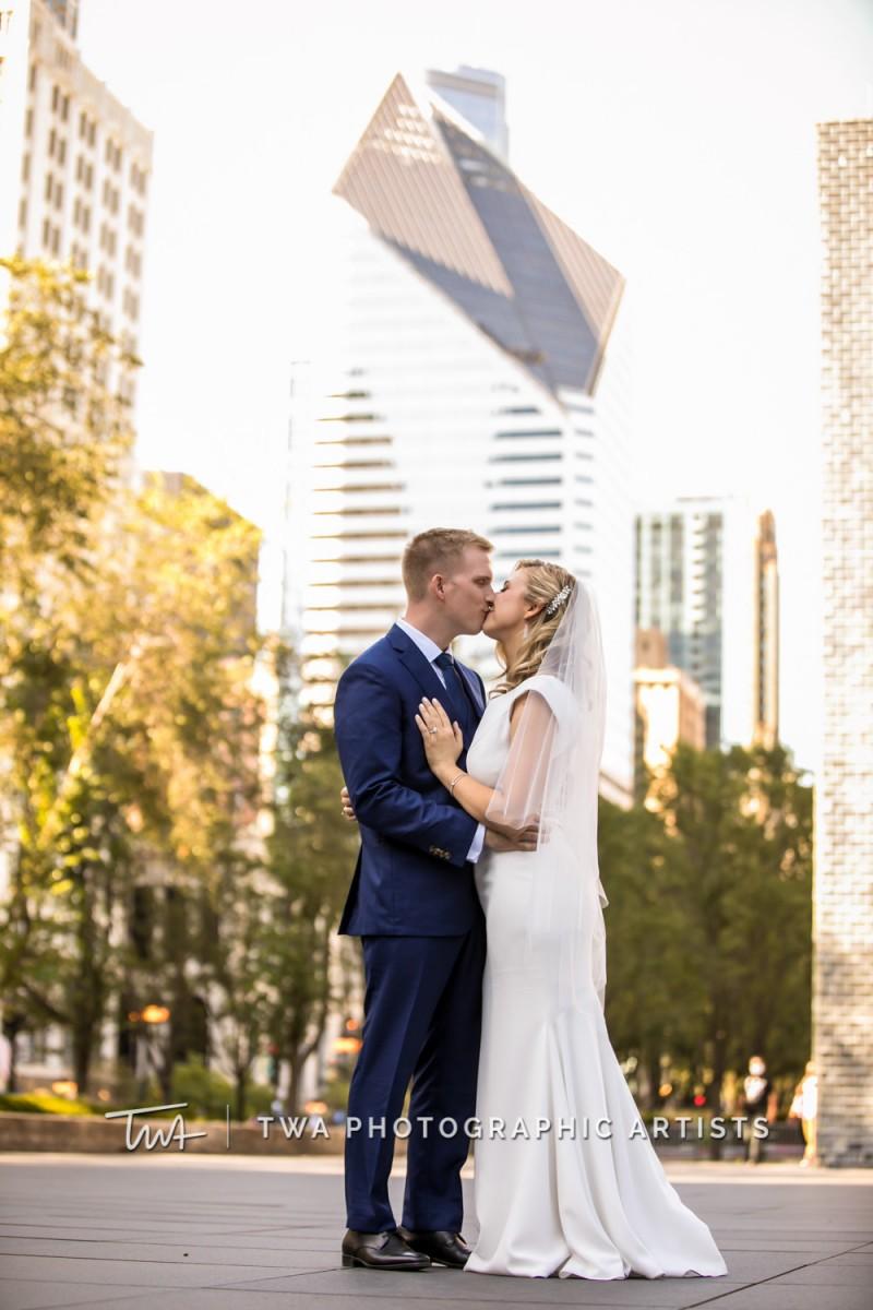Chicago-Wedding-Photographer-TWA-Photographic-Artists-Osteria-Via-Stato_Hofert_Haase_JK-0599