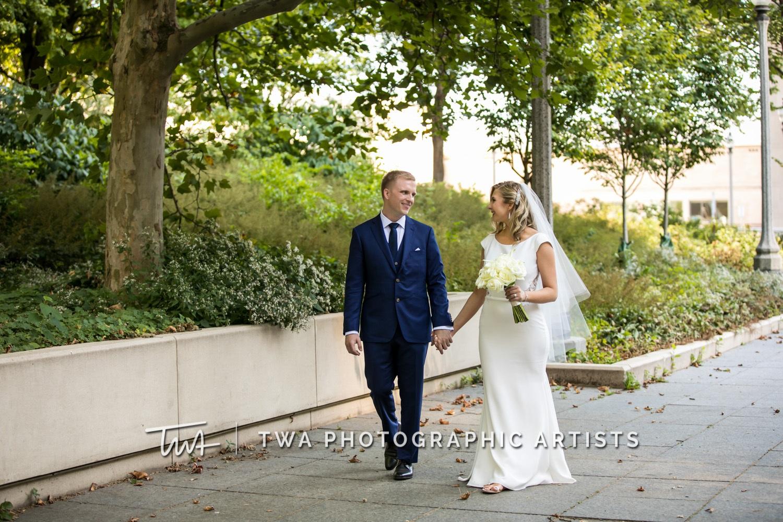 Chicago-Wedding-Photographer-TWA-Photographic-Artists-Osteria-Via-Stato_Hofert_Haase_JK-0623