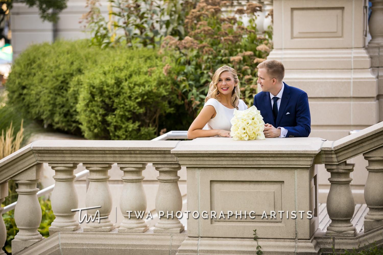 Chicago-Wedding-Photographer-TWA-Photographic-Artists-Osteria-Via-Stato_Hofert_Haase_JK-0641