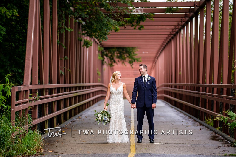 Chicago-Wedding-Photographer-TWA-Photographic-Artists-Westin-Chicago-Northwest_Wisniewski_Gotsch_JG-0483