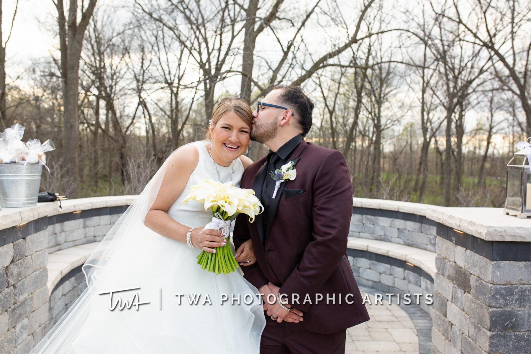 Chicago-Wedding-Photographers-Martini-Banquets_Borys_Caballero_MJ_SG-054-0396