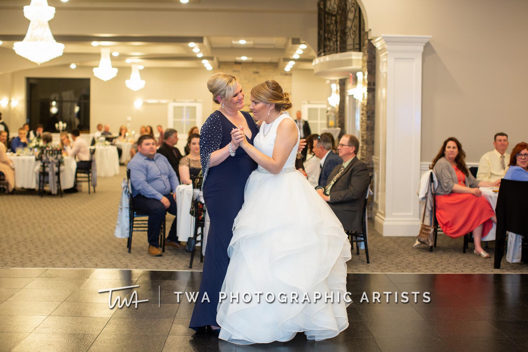 Chicago-Wedding-Photographers-Martini-Banquets_Borys_Caballero_MJ_SG-085-0599