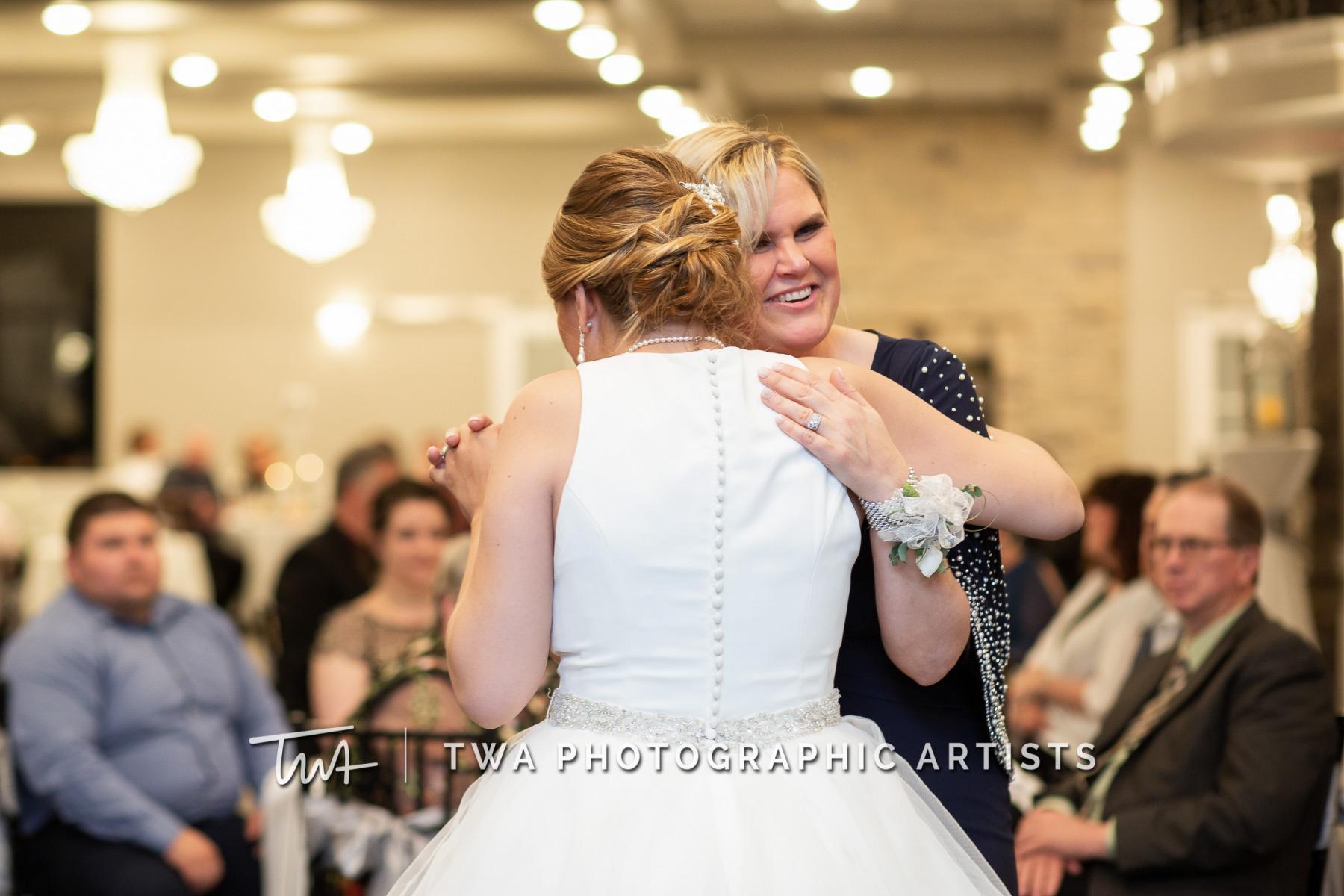 Chicago-Wedding-Photographers-Martini-Banquets_Borys_Caballero_MJ_SG-086-0613