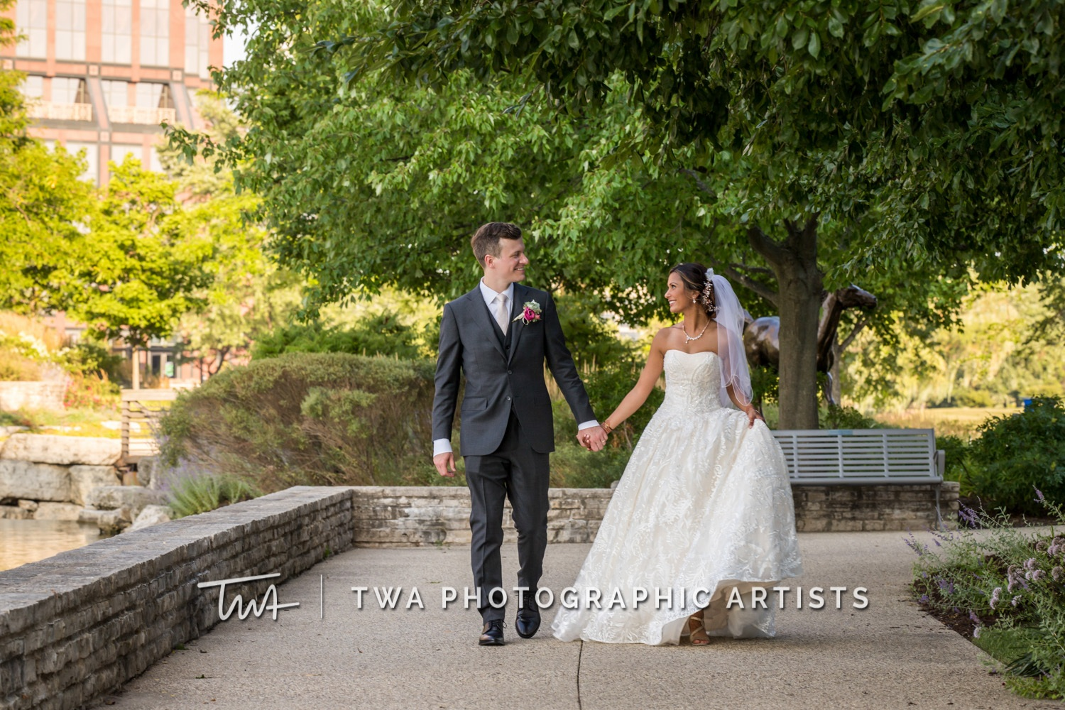 Chicago-Wedding-Photographer-TWA-Photographic-Artists-Shah_Billings_WM_TL-0811
