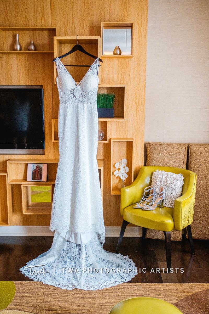 Chicago-Wedding-Photographers-Renaissance-Hotel_Hohensee_Fleishman_JG_DK-001-0003