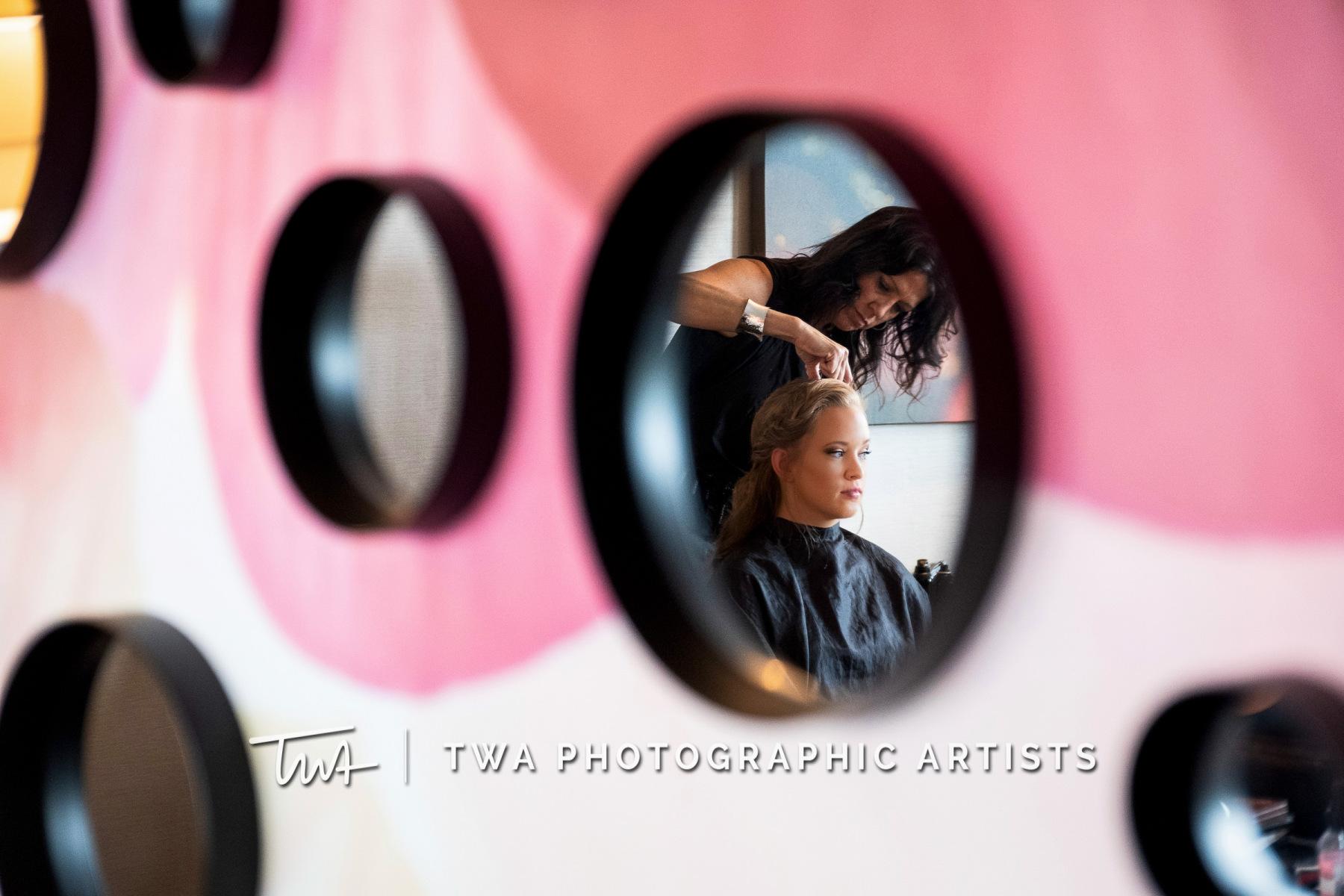 Chicago-Wedding-Photographers-Renaissance-Hotel_Hohensee_Fleishman_JG_DK-003-0022