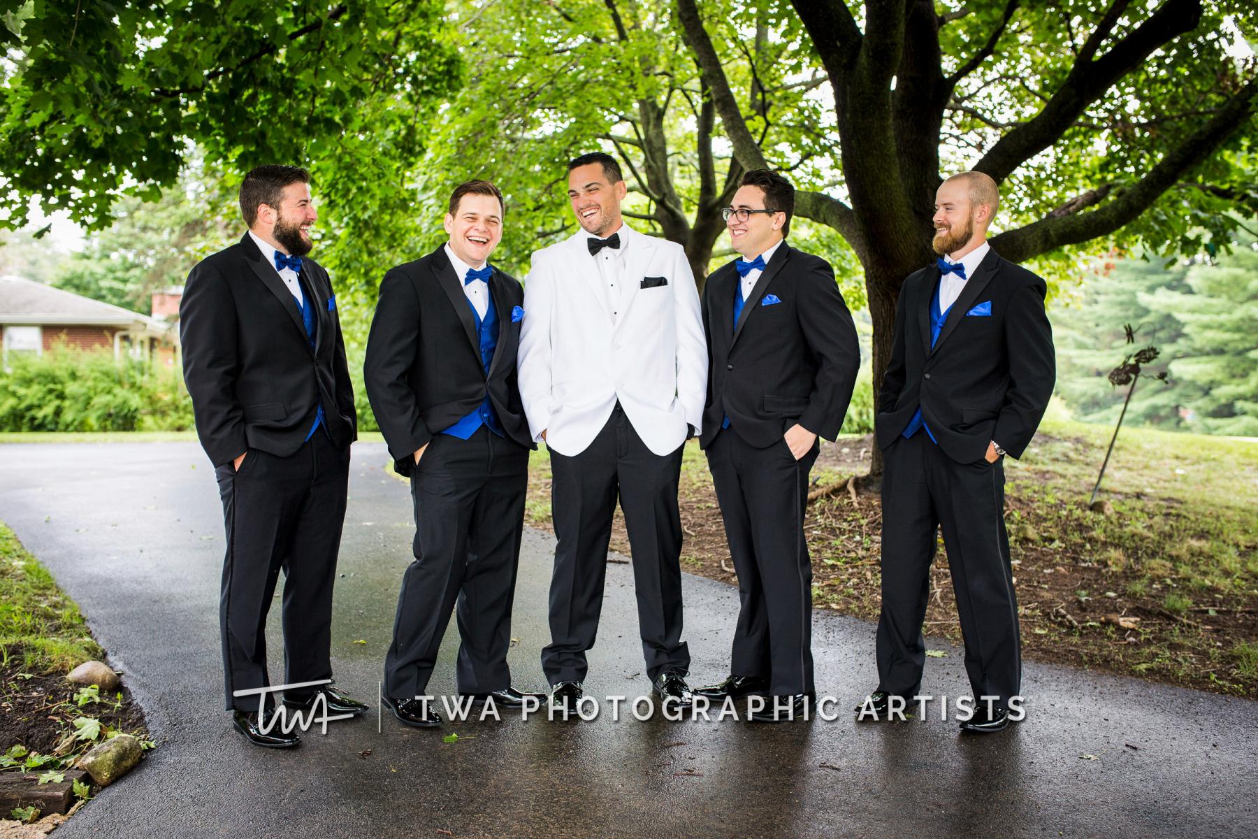 Chicago-Wedding-Photographers-Renaissance-Hotel_Hohensee_Fleishman_JG_DK-005-0954