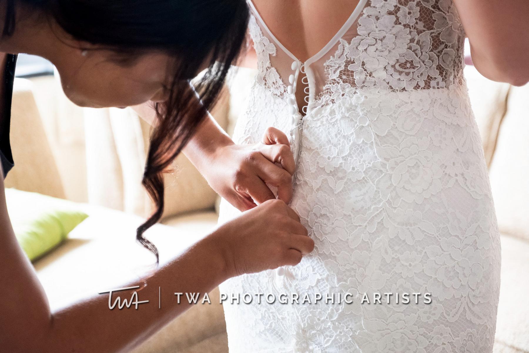 Chicago-Wedding-Photographers-Renaissance-Hotel_Hohensee_Fleishman_JG_DK-006-0067