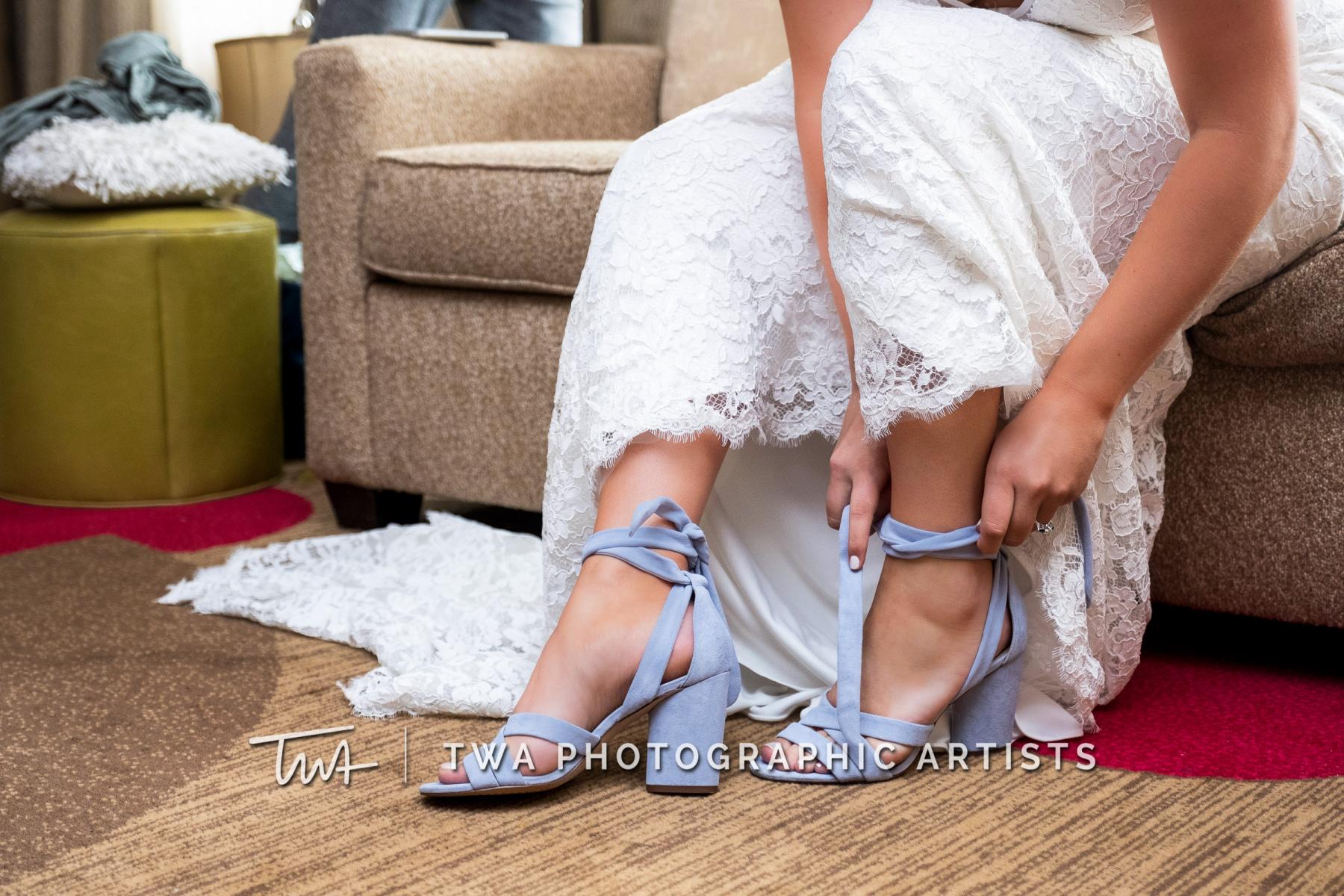 Chicago-Wedding-Photographers-Renaissance-Hotel_Hohensee_Fleishman_JG_DK-007-0081