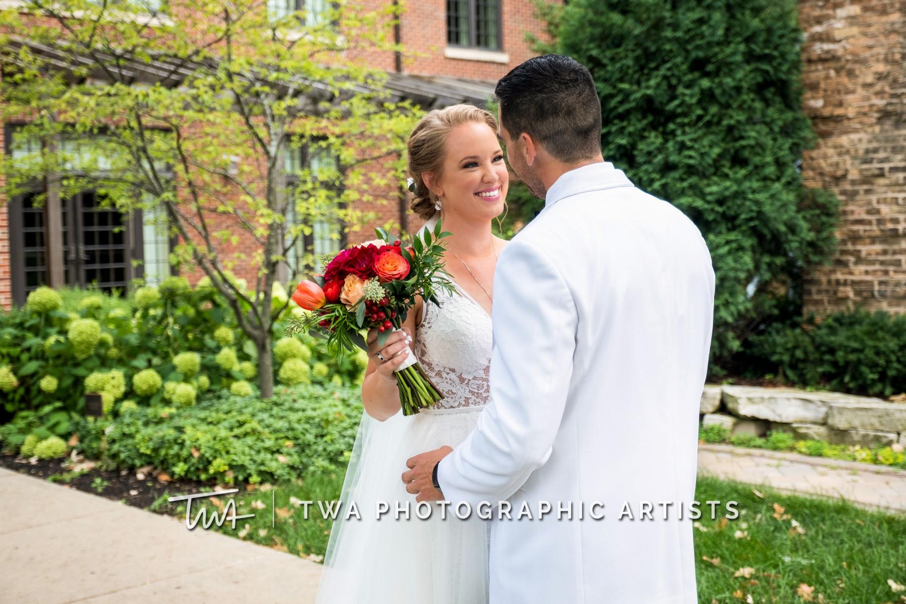 Chicago-Wedding-Photographers-Renaissance-Hotel_Hohensee_Fleishman_JG_DK-014-0135