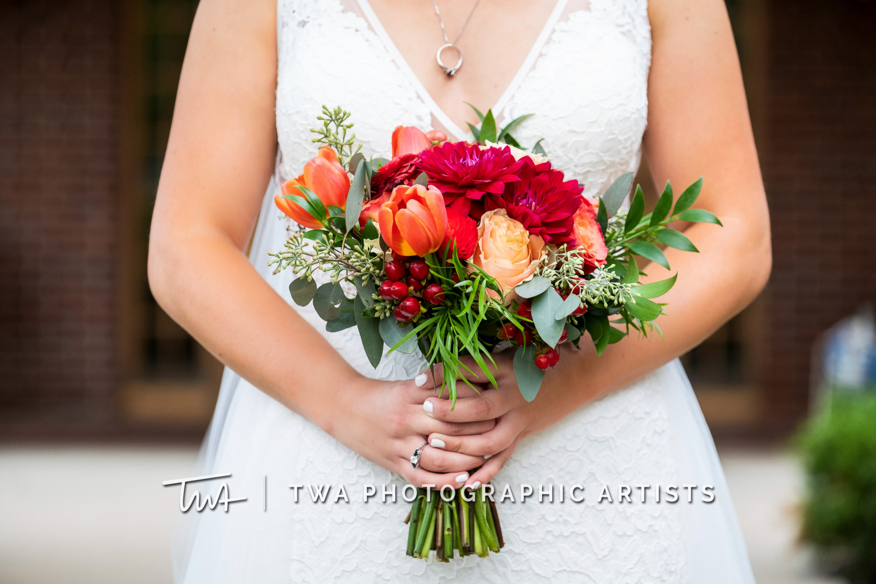 Chicago-Wedding-Photographers-Renaissance-Hotel_Hohensee_Fleishman_JG_DK-017-0147