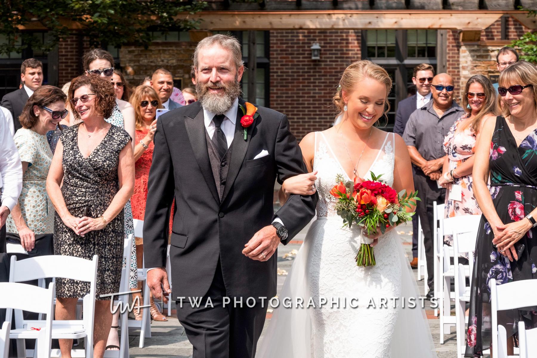 Chicago-Wedding-Photographers-Renaissance-Hotel_Hohensee_Fleishman_JG_DK-023-0224