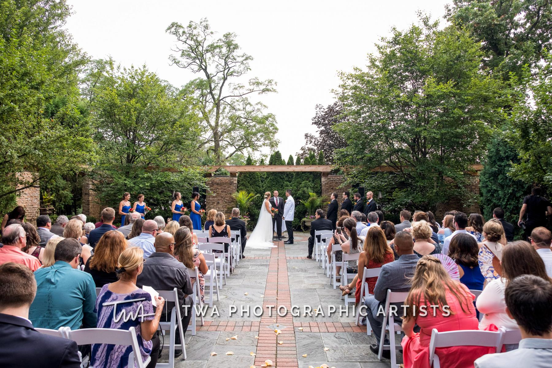 Chicago-Wedding-Photographers-Renaissance-Hotel_Hohensee_Fleishman_JG_DK-024-0240