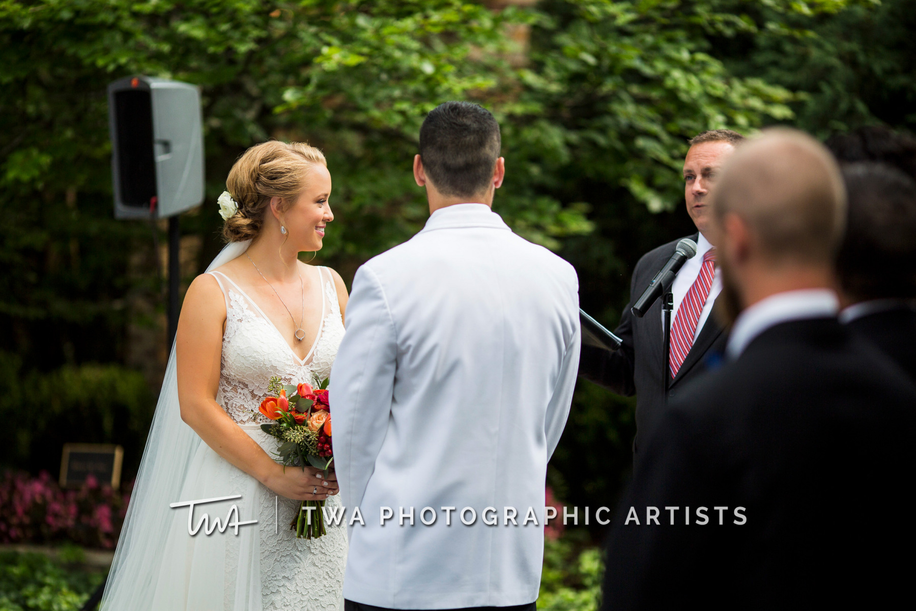 Chicago-Wedding-Photographers-Renaissance-Hotel_Hohensee_Fleishman_JG_DK-025-1117
