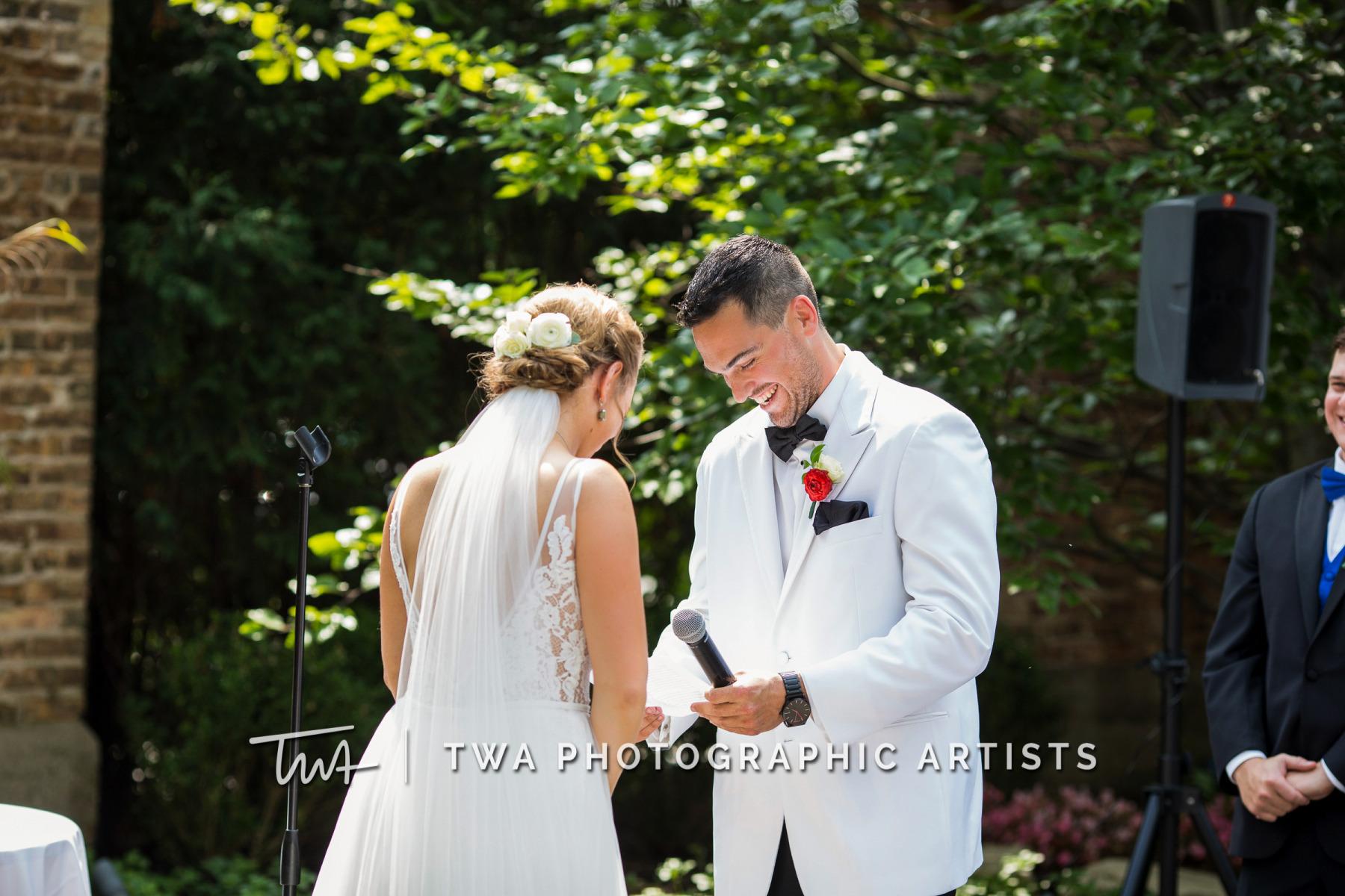 Chicago-Wedding-Photographers-Renaissance-Hotel_Hohensee_Fleishman_JG_DK-029-1147