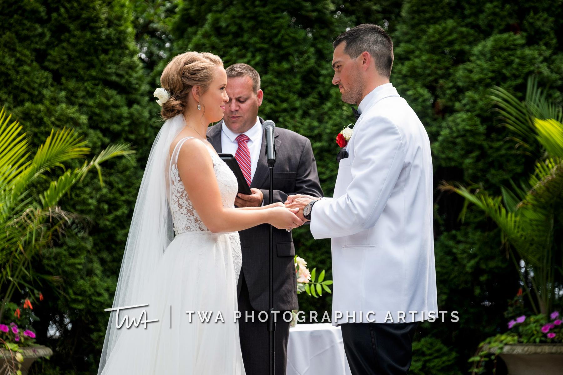 Chicago-Wedding-Photographers-Renaissance-Hotel_Hohensee_Fleishman_JG_DK-031-0272