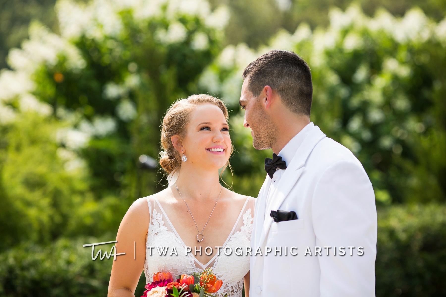Chicago-Wedding-Photographers-Renaissance-Hotel_Hohensee_Fleishman_JG_DK-039-1236