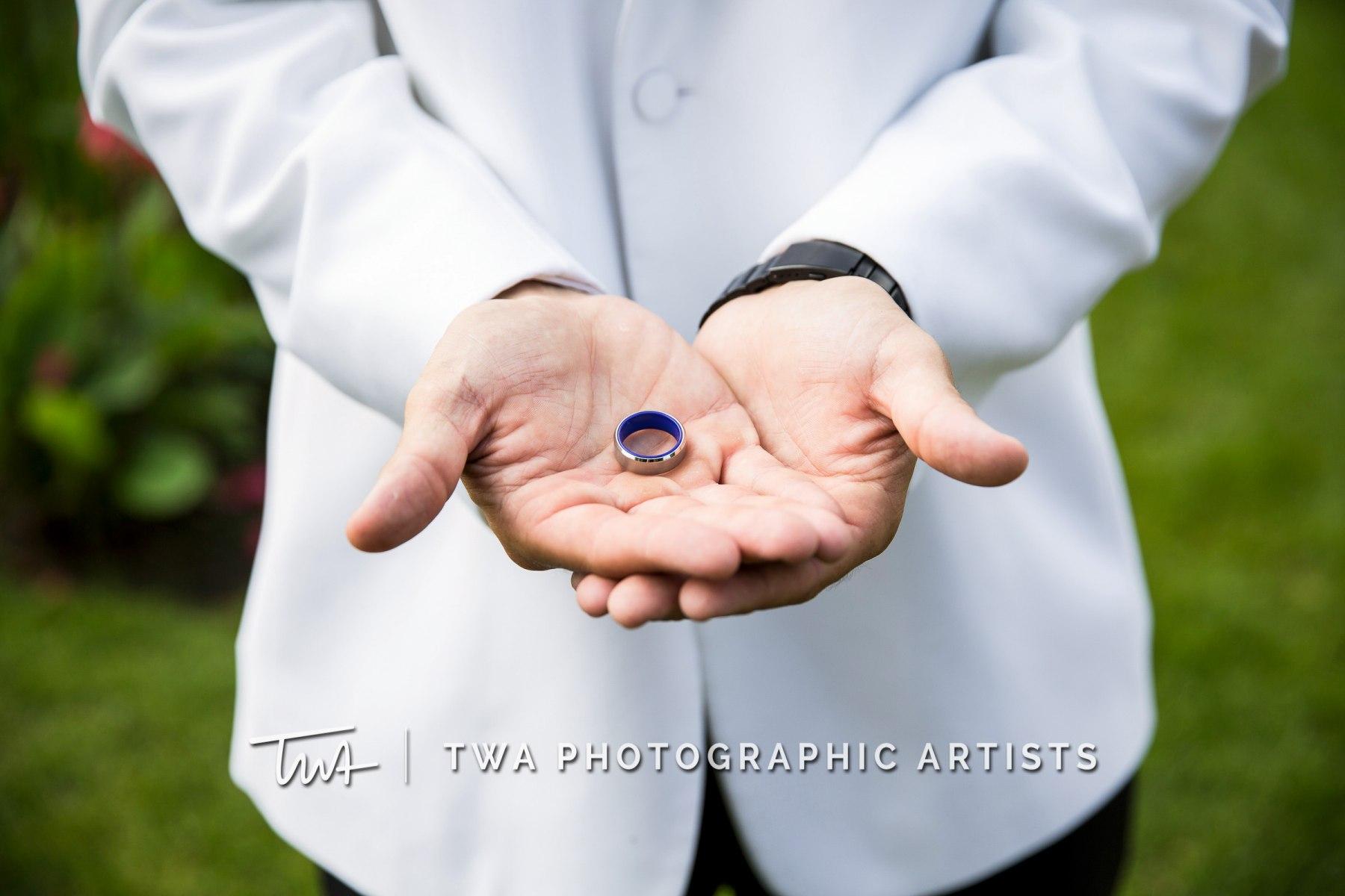 Chicago-Wedding-Photographers-Renaissance-Hotel_Hohensee_Fleishman_JG_DK-049-1255