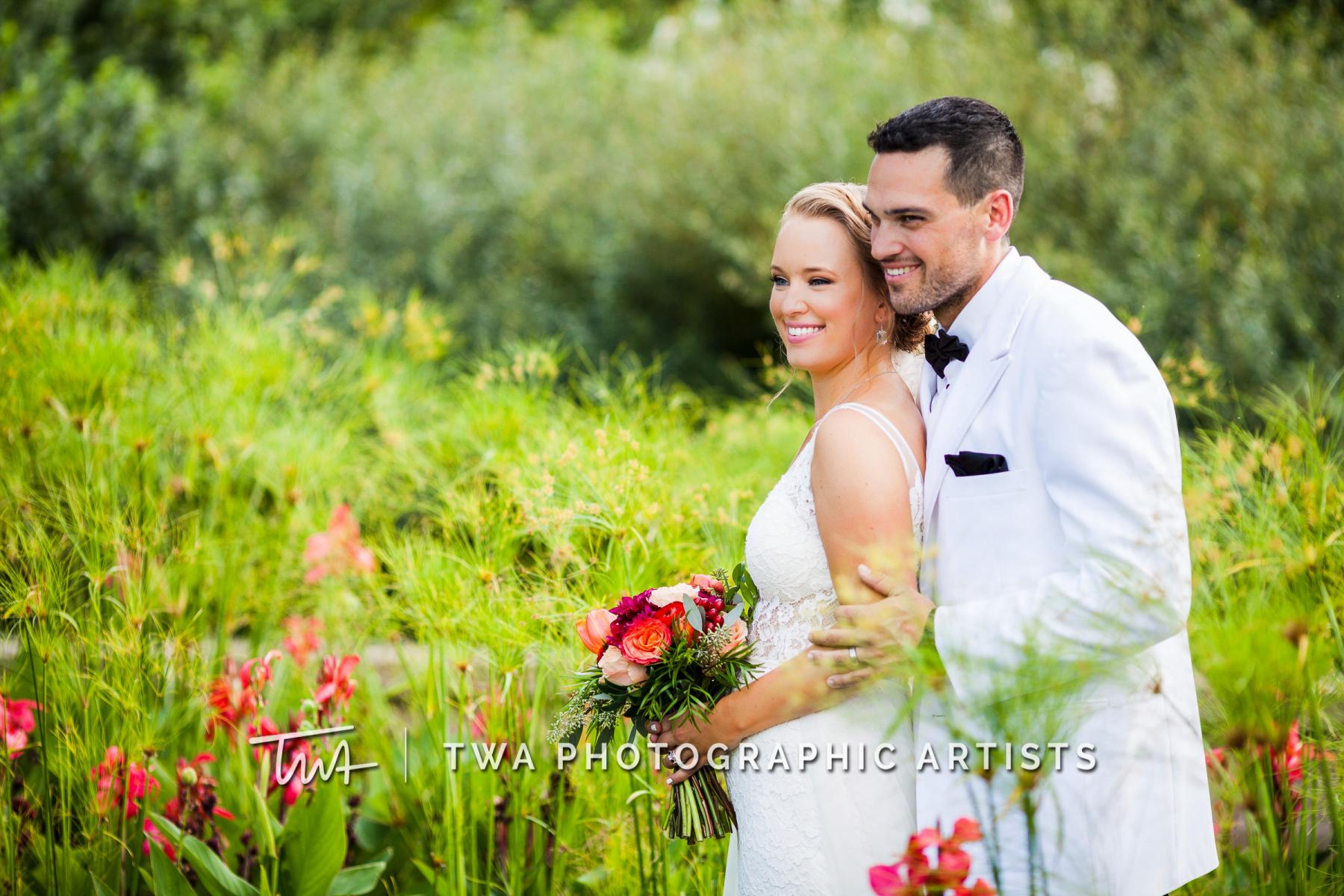 Chicago-Wedding-Photographers-Renaissance-Hotel_Hohensee_Fleishman_JG_DK-051-1266