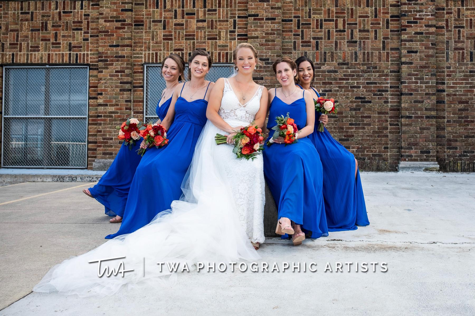 Chicago-Wedding-Photographers-Renaissance-Hotel_Hohensee_Fleishman_JG_DK-063-0387