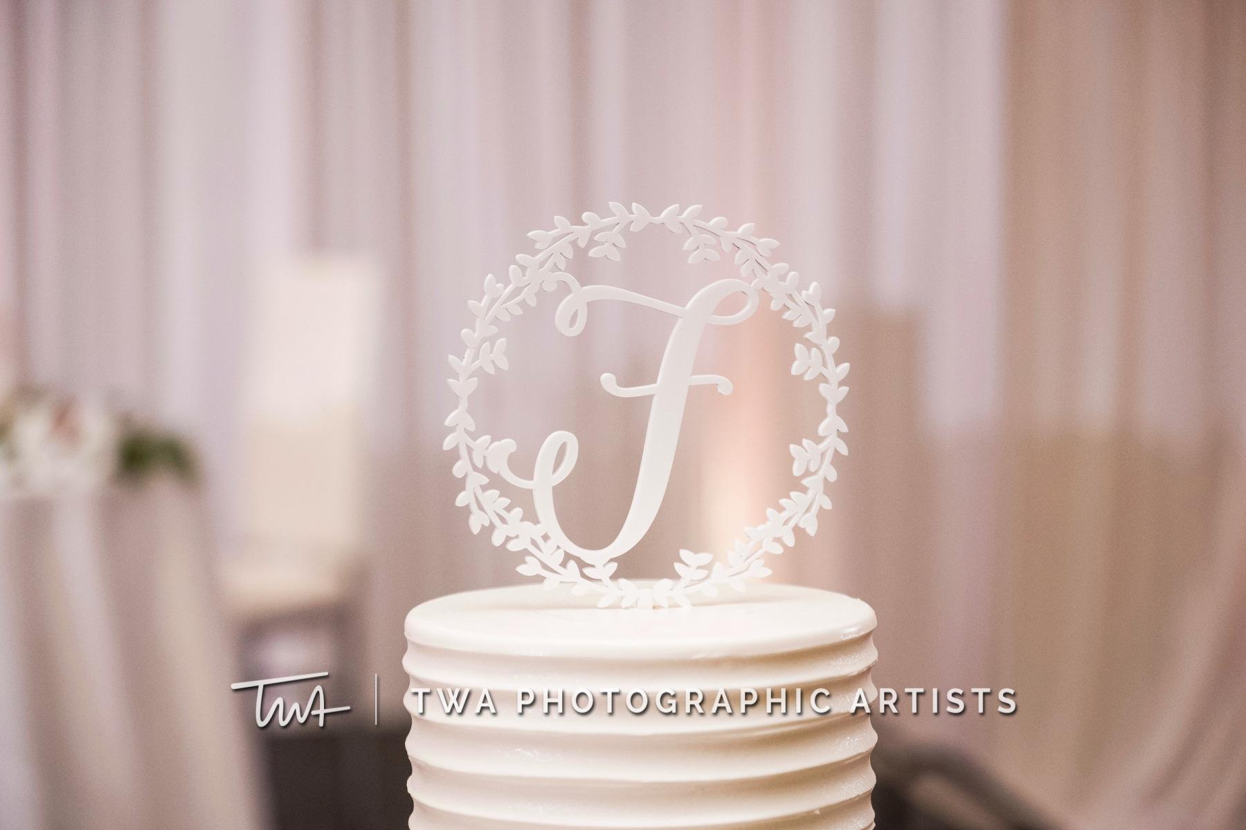 Chicago-Wedding-Photographers-Renaissance-Hotel_Hohensee_Fleishman_JG_DK-071-0438
