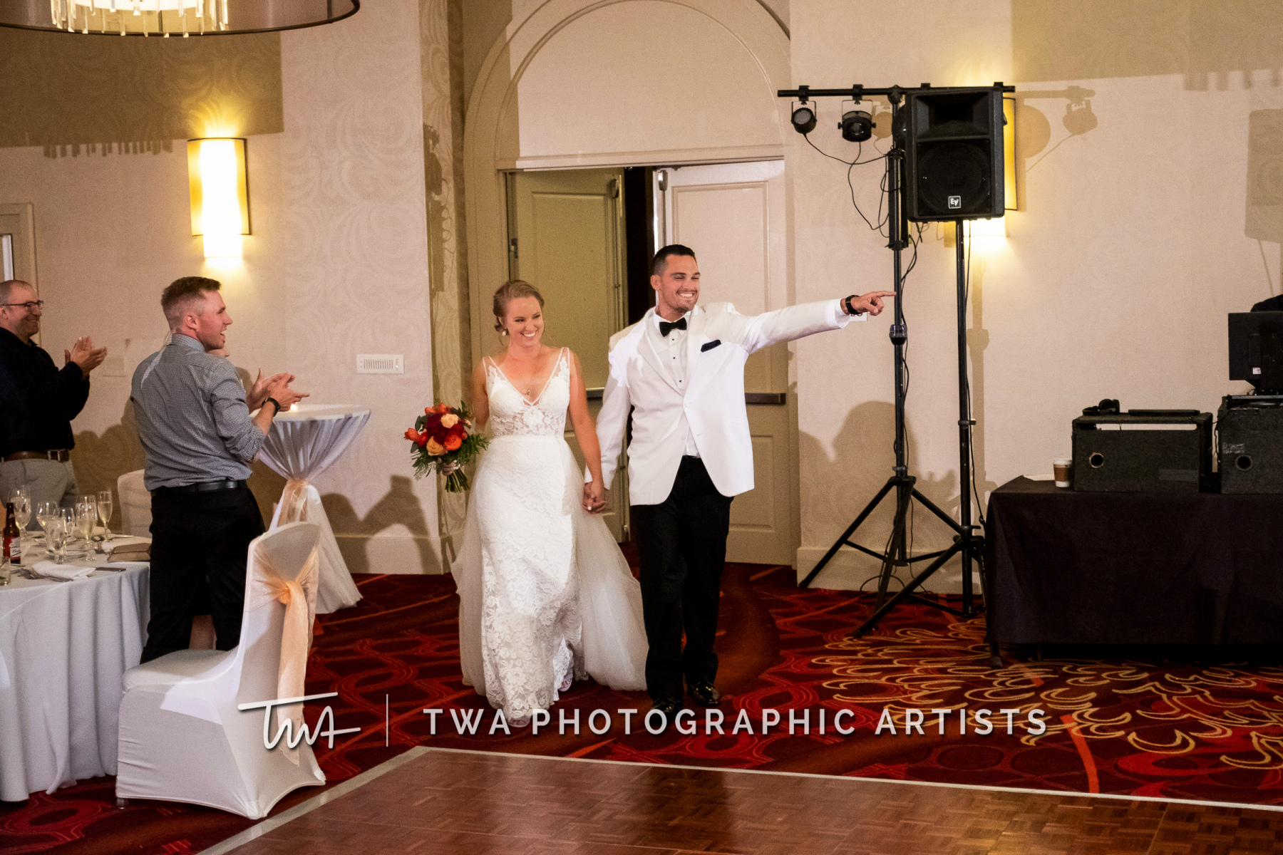 Chicago-Wedding-Photographers-Renaissance-Hotel_Hohensee_Fleishman_JG_DK-072-0476