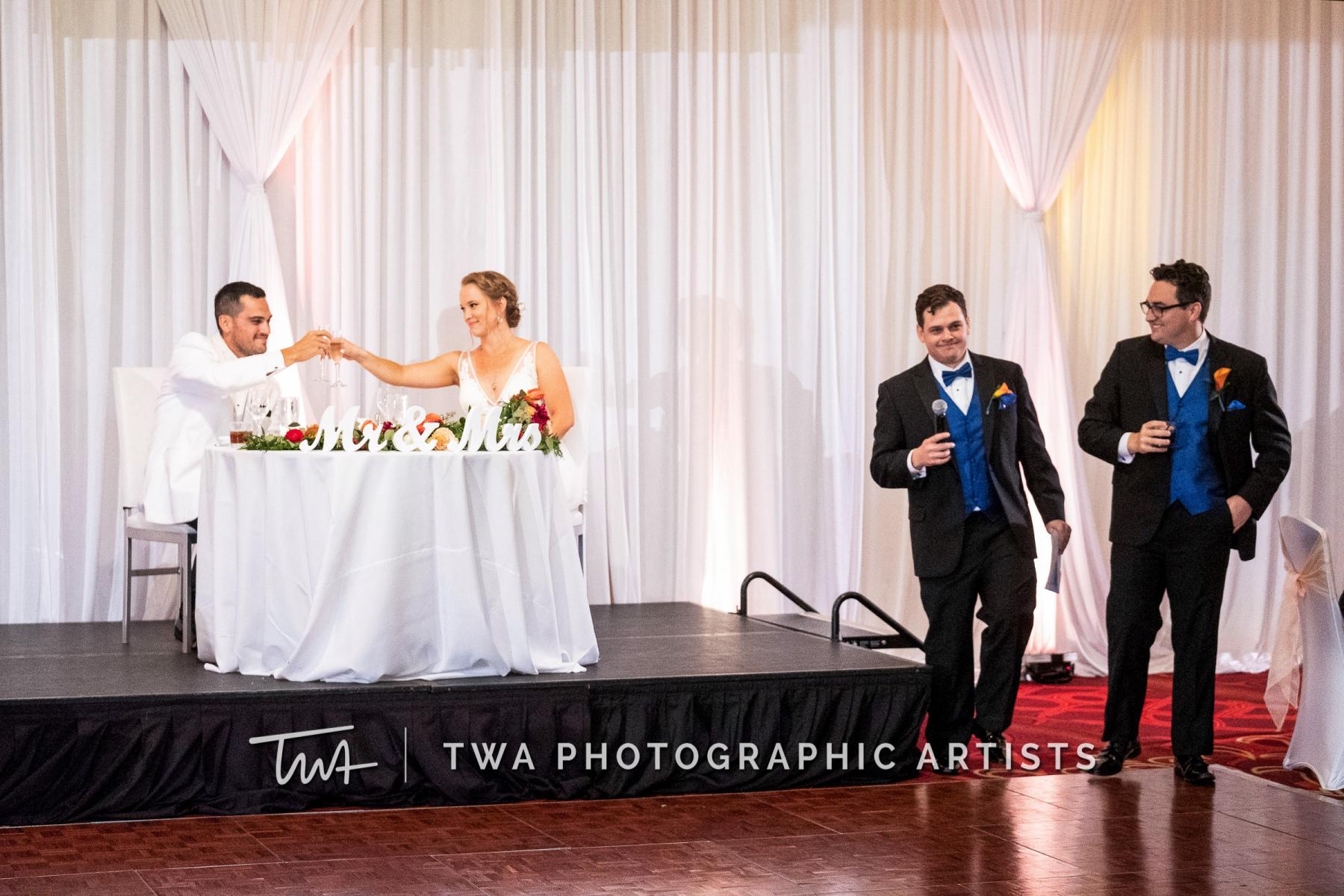 Chicago-Wedding-Photographers-Renaissance-Hotel_Hohensee_Fleishman_JG_DK-078-0520