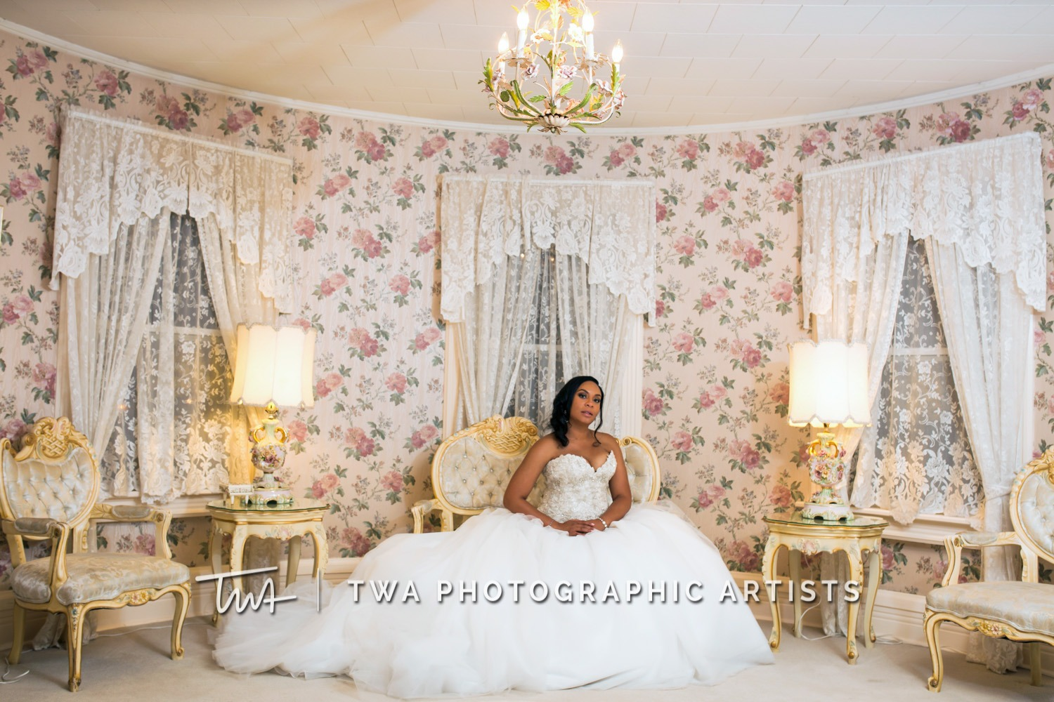 Chicago-Wedding-Photographer-TWA-Photographic-Artists-Haley-Mansion_Graves_Moffett_JM-040_0533