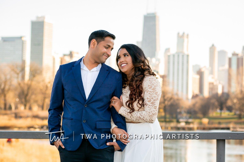 Chicago-Wedding-Photographer-TWA-Photographic-Artists-North-Avenue-Beach_Gopal_Patel_MJ-020