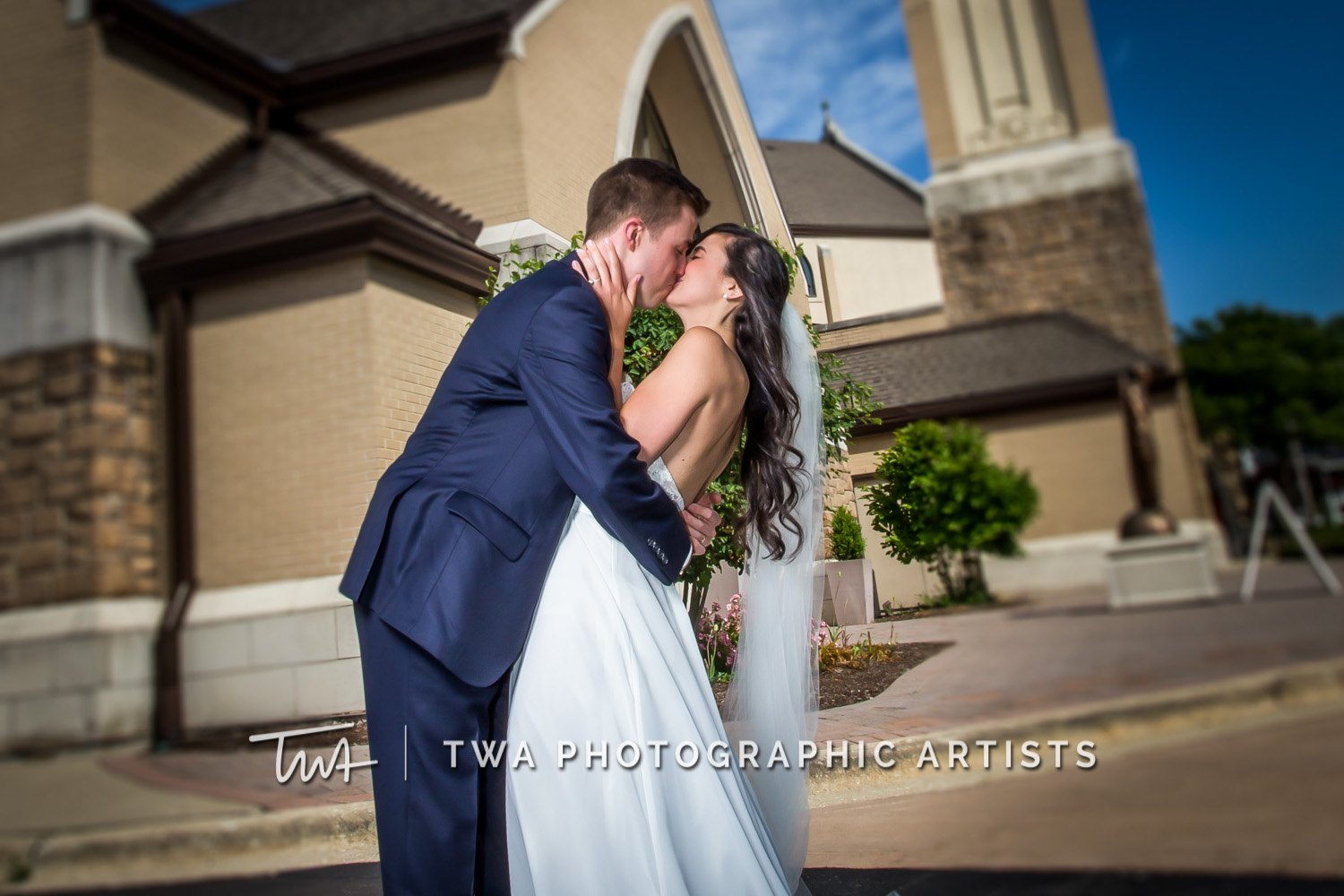 Chicago-Wedding-Photographer-TWA-Photographic-Artists-Private-Residence_Matar_Peters_SG-0264