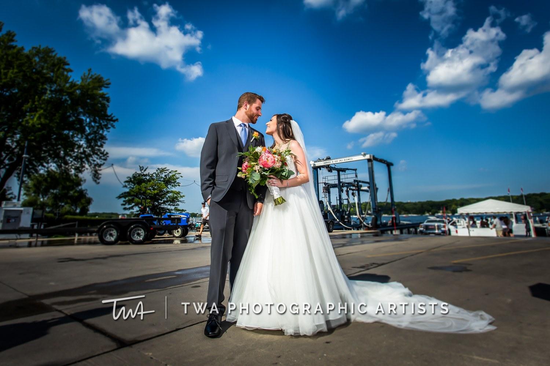 Chicago-Wedding-Photographer-TWA-Photographic-Artists-Pier-290_Swiatek_Castro_SG-0282