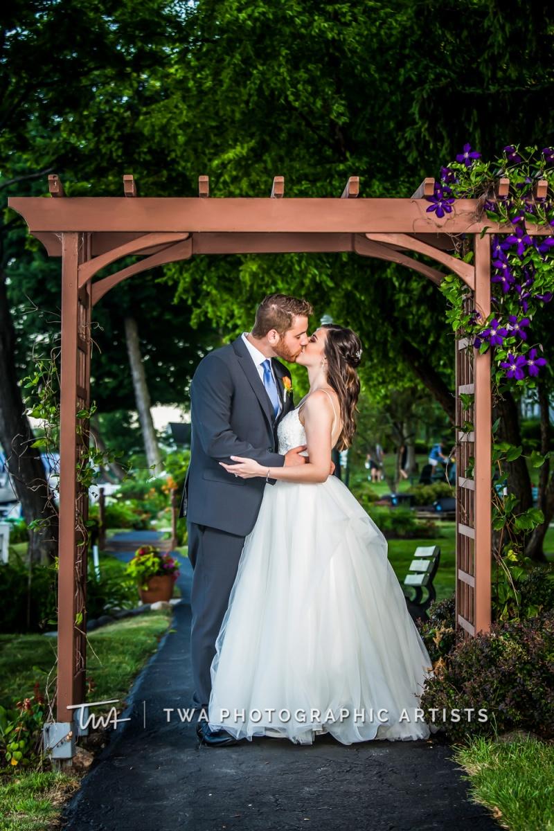 Chicago-Wedding-Photographer-TWA-Photographic-Artists-Pier-290_Swiatek_Castro_SG-0423