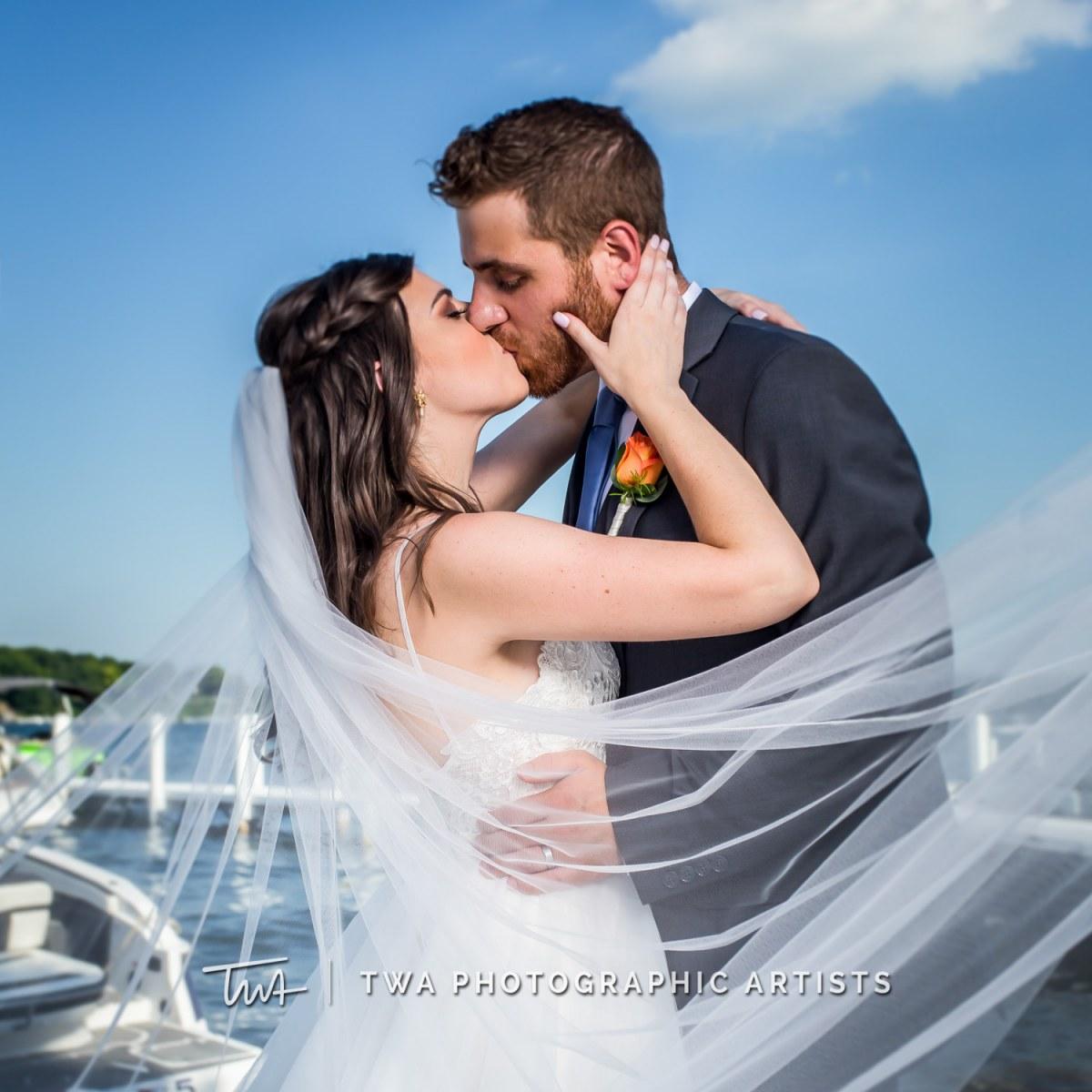 Chicago-Wedding-Photographer-TWA-Photographic-Artists-Pier-290_Swiatek_Castro_SG-075_0320