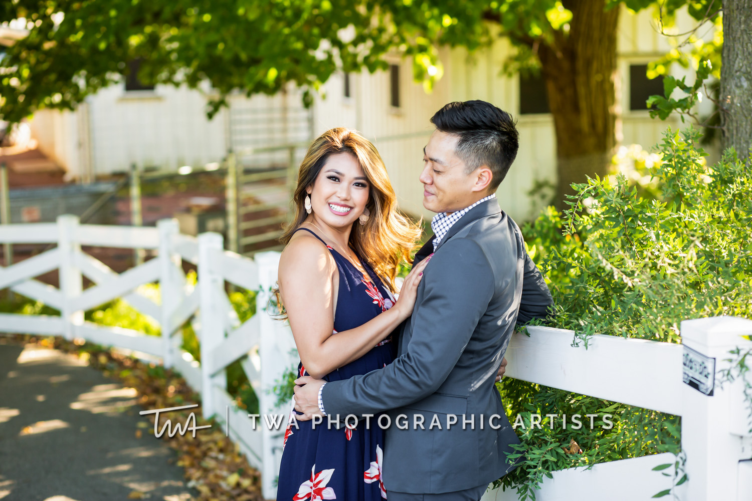 Chicago-Wedding-Photographer-TWA-Photographic-Artists-North-Ave-Beach_Butthajit_Dinh_MJ-008