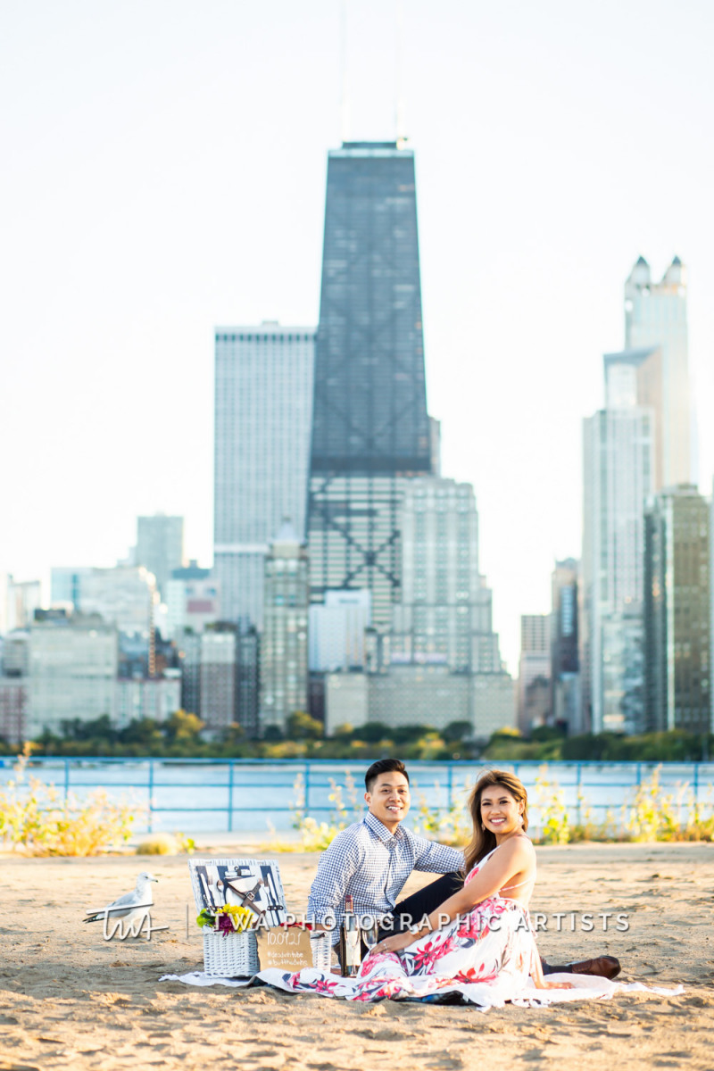 Chicago-Wedding-Photographer-TWA-Photographic-Artists-North-Ave-Beach_Butthajit_Dinh_MJ-061