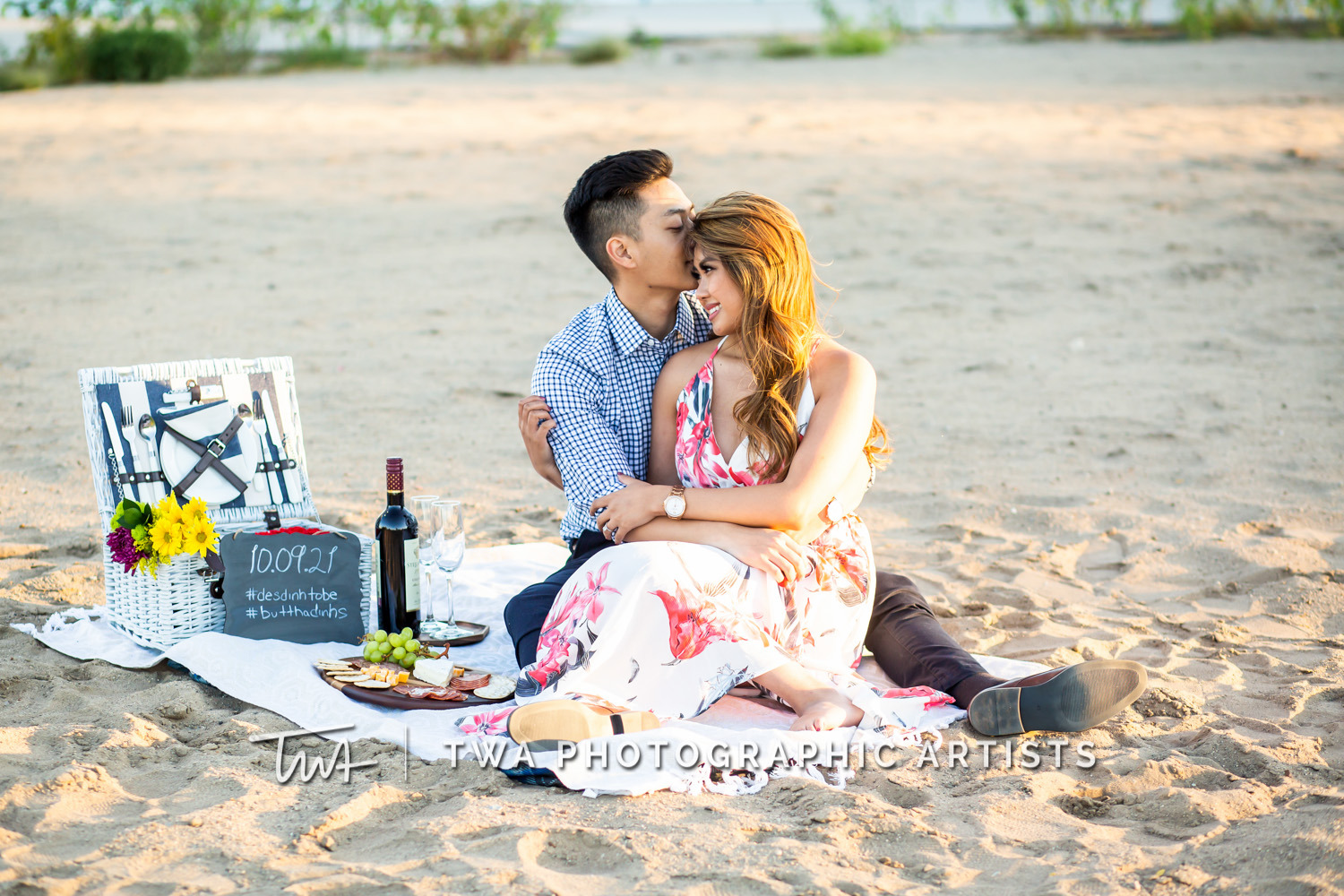 Chicago-Wedding-Photographer-TWA-Photographic-Artists-North-Ave-Beach_Butthajit_Dinh_MJ-072