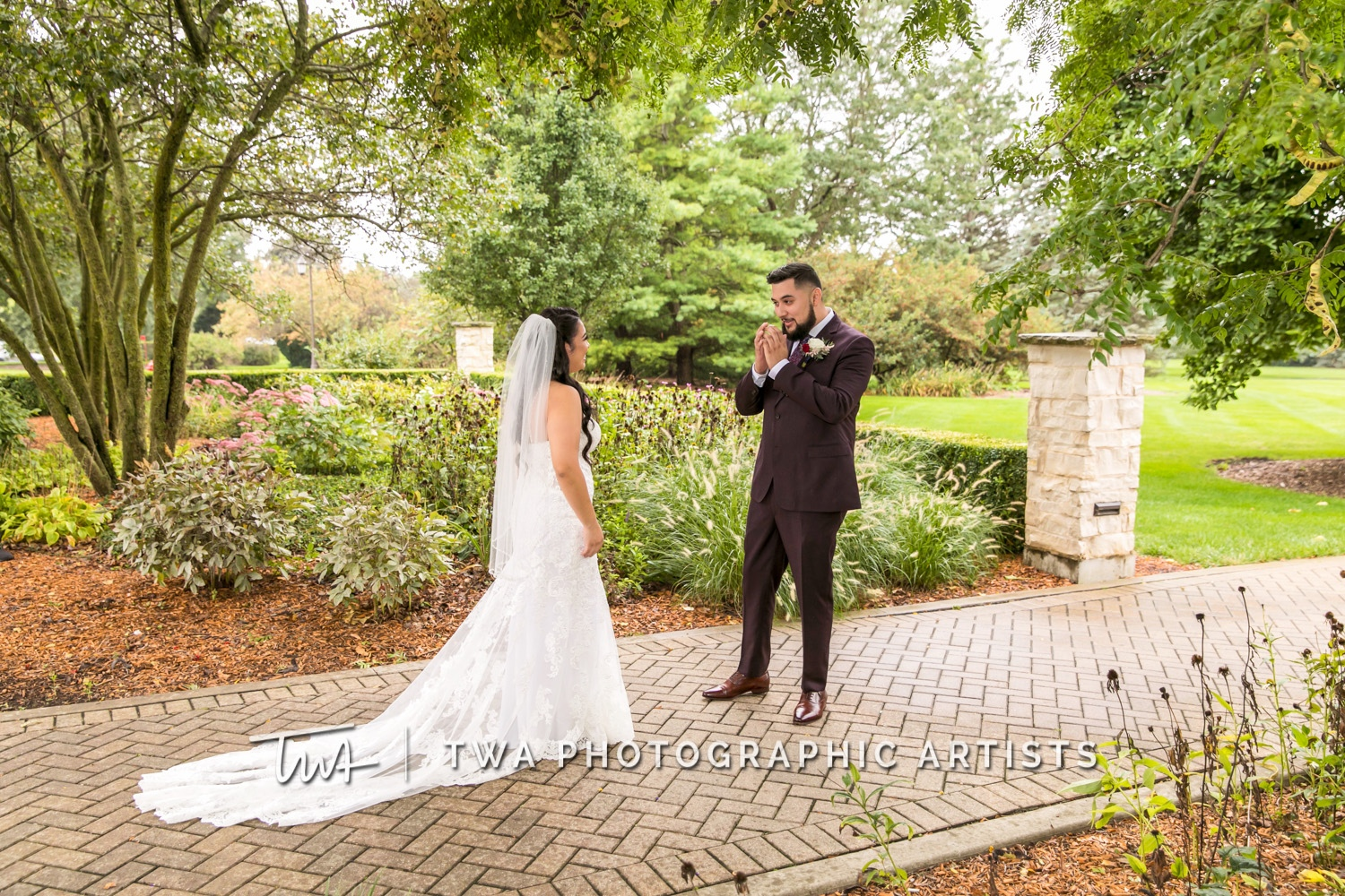 Chicago-Wedding-Photographer-TWA-Photographic-Artists-Danada-House_Ramos_Medrano_WM_DR-017_1492