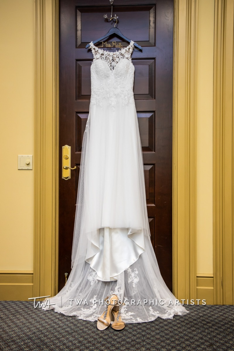 Chicago-Wedding-Photographer-TWA-Photographic-Artists-Bolingbrook-Golf-Club_Avery_Reitz_MiC-001_0001