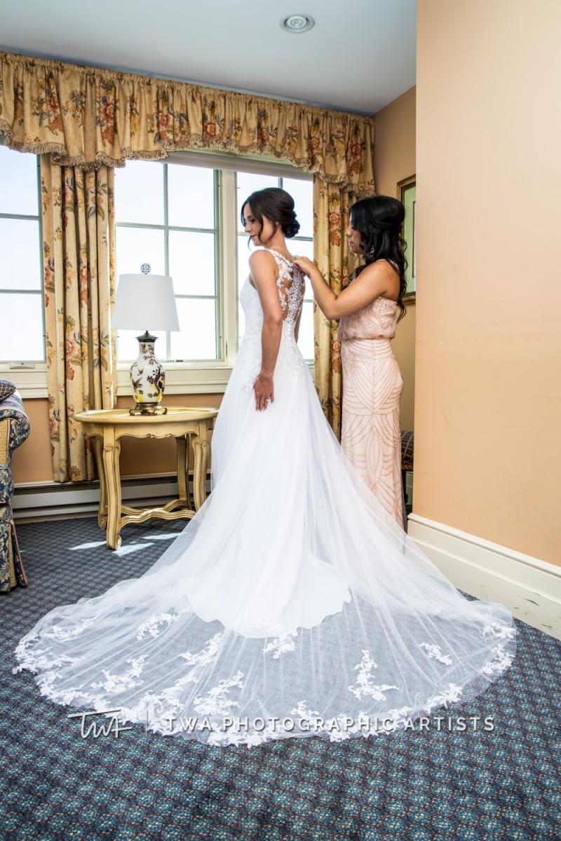 Chicago-Wedding-Photographer-TWA-Photographic-Artists-Bolingbrook-Golf-Club_Avery_Reitz_MiC-023_0179